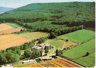 1930A-Coppenbruegge522-Lindenbrunn-Luftbild-1990-Vorderseite.jpg