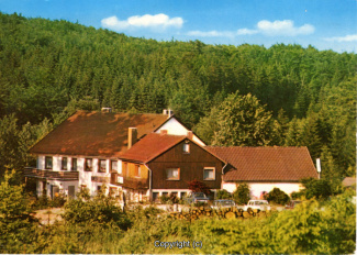 1220A-Sennhuette145-Panorama-Vorderansicht-Scan-Vorderseite.jpg