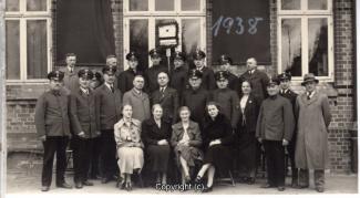 0020A-Voldagsen23-Bahnhofspersonal-1938-Vorderseite.jpg