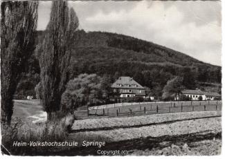 3960A-Springe347-Ort-Heim-Volkshochschule-Scan-Vorderseite.jpg