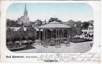 0230A-Pyrmont093-Brunnenplatz-1904-Scan-Vorderseite.jpg