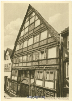 3510A-Hameln1376-Lueckingsches-Haus-Scan-Vorderseite.jpg
