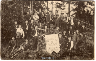 9950A-Hameln1618-Personengruppe-1910-Scan-Vorderseite.jpg