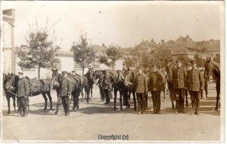 6860A-Wolfenbuettel067-Artillerikaserne-Soldaten-Innenbereich-1914-Scan-Vorderseite.jpg