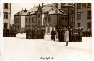 6890A-Wolfenbuettel070-Artillerikaserne-Soldaten-Innenbereich-1915-Scan-Vorderseite.jpg