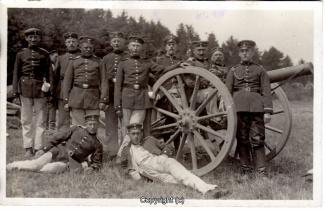 7120A-Wolfenbuettel073-Artillerikaserne-Soldaten-Feldeinsatz-1915-Scan-Vorderseite.jpg