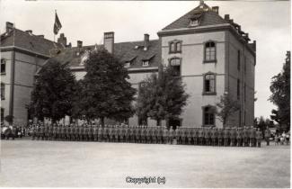 9210A-Wolfenbuettel071-Artillerikaserne-Soldaten-Innenbereich-1933-Scan-Vorderseite.jpg