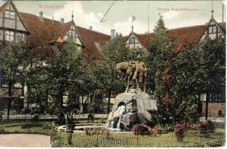 1137A-Wolfenbuettel162-Stadtmarkt-Denkmal-1907-Scan-Vorderseite.jpg