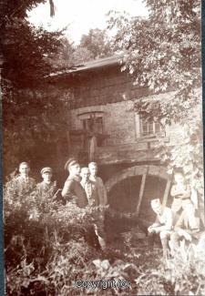 1356A-Holzmuehle297-Fahrradtour-Holzmuehle-Foto-1921-Scan-Vorderseite.jpg