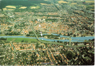5420A-Hameln1934-Panorama-Weser-Luftbild-1997-Vorderseite.jpg